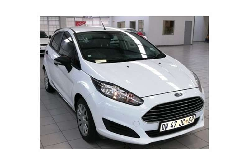 2015 Ford Fiesta 5 door 1.0T Ambiente