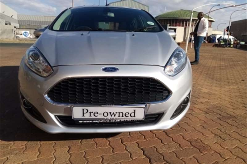 2018 Ford Fiesta 1.6i 5 door Ambiente automatic