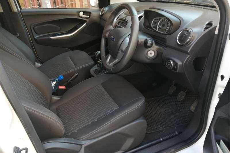 Ford Fiesta sedan 1.6 Ambiente 2017