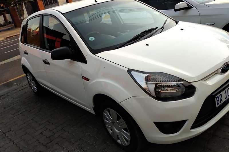 Ford Figo 1.4 Trend 2013