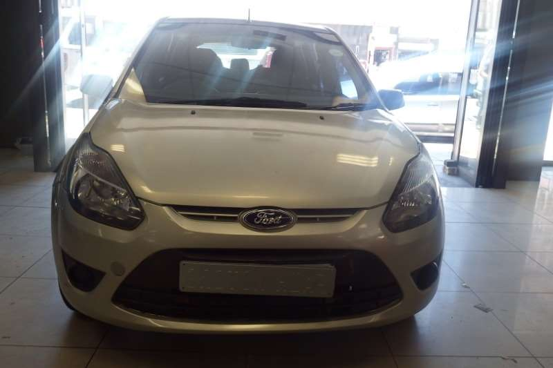 Ford Figo Hatch 1.4 2012