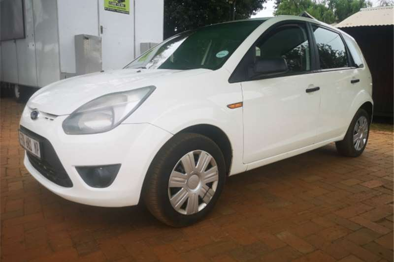 Ford Figo Hatch 1.4 TDCi 2011