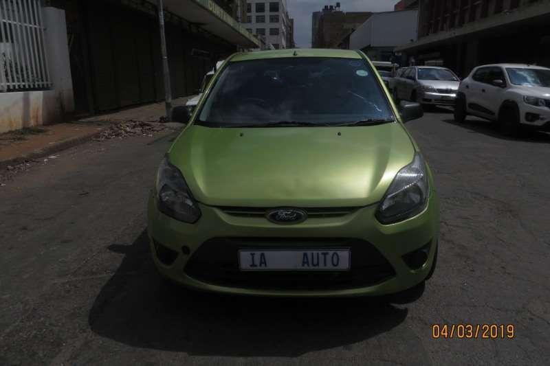 Ford Figo hatch 1.5 Ambiente 2012