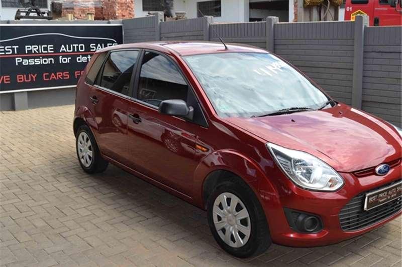 Ford Figo hatch 1.5 Ambiente 2015