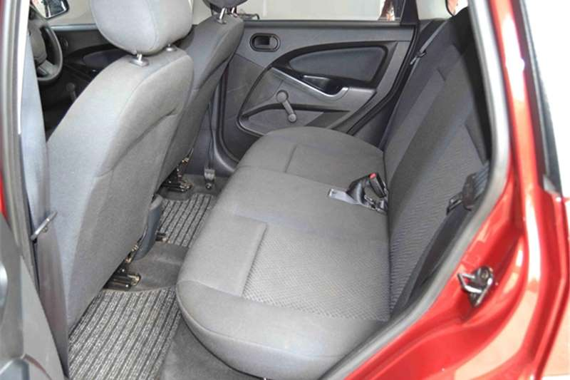 2015 Ford Figo Figo hatch 1.5 Ambiente