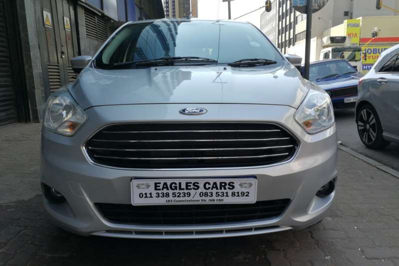 Ford Figo hatch 1.5 Titanium auto 2017