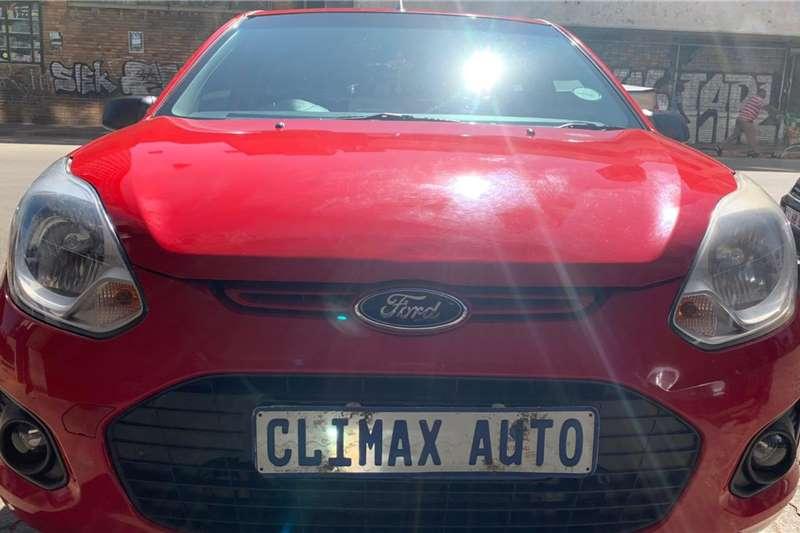 0 Ford Figo 1.4 Ambiente