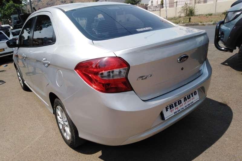 Ford Figo sedan 1.5 Ambiente 2015