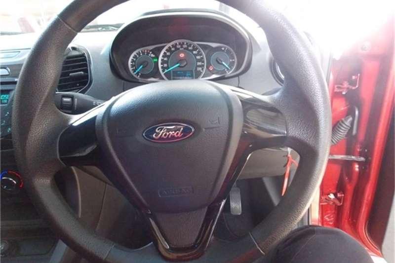 Ford Figo sedan 1.5 Trend 2016