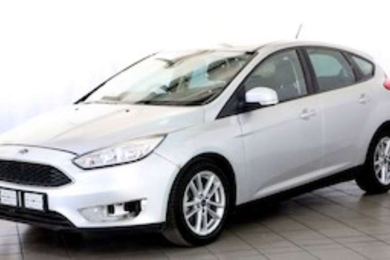 Ford Focus 1.5 ECOBOOST TREND A/T 5DR 2015