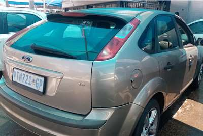 Ford Focus 1.6 4 door Ambiente 2008