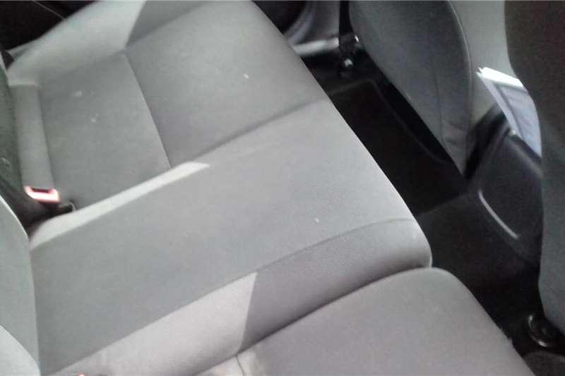 Ford Focus 1.6 4 door Ambiente 2012