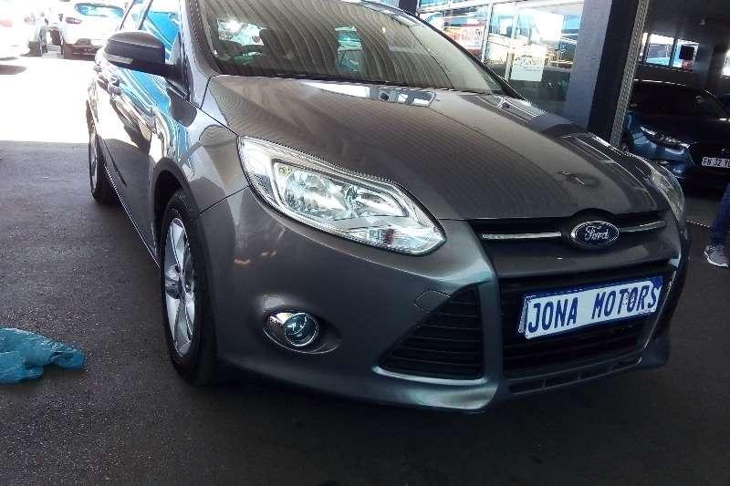 Ford Focus 1.6 4-door Ambiente 2013