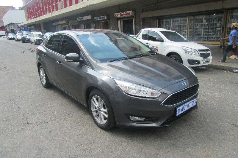 Ford Focus 1.6 4 door Ambiente 2016