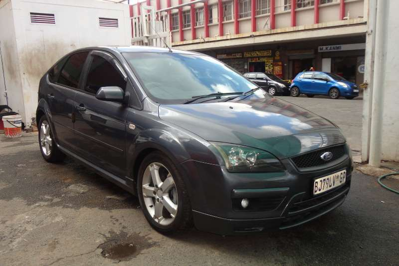 Ford Focus 1.6 5 door Ambiente 2007