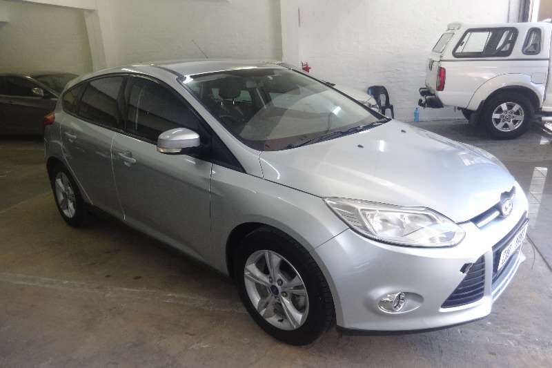 Ford Focus 1.6 5 door Ambiente 2013