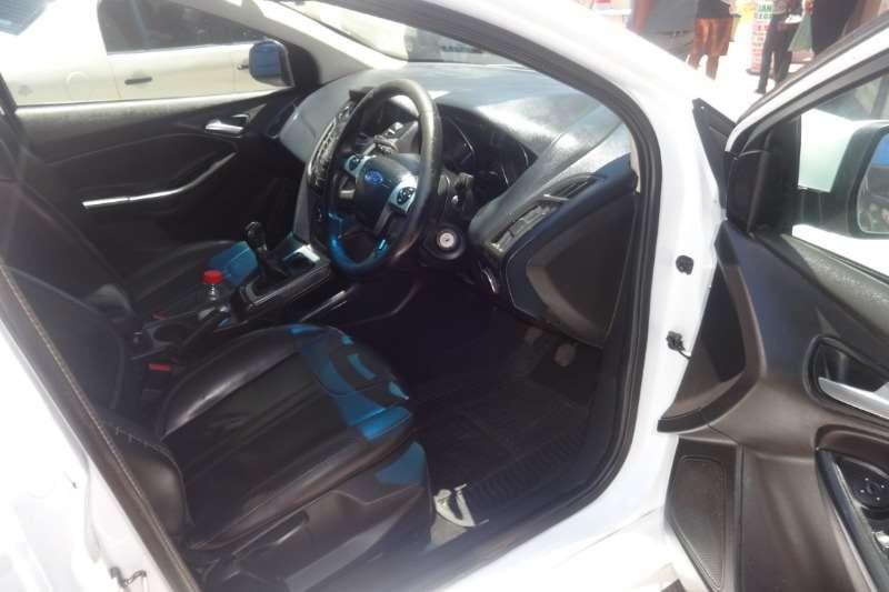 Ford Focus 1.6 5 door Ambiente 2015