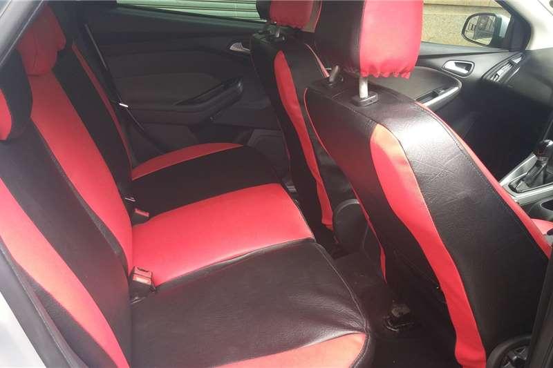 Ford Focus 1.6 5 door Si 2012