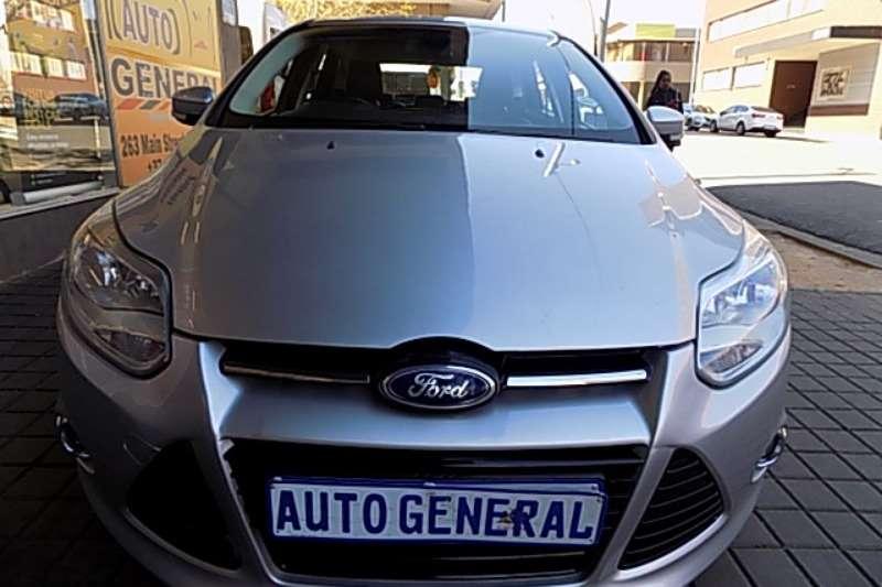 Ford Focus 1.6 Trend 4 door 2014