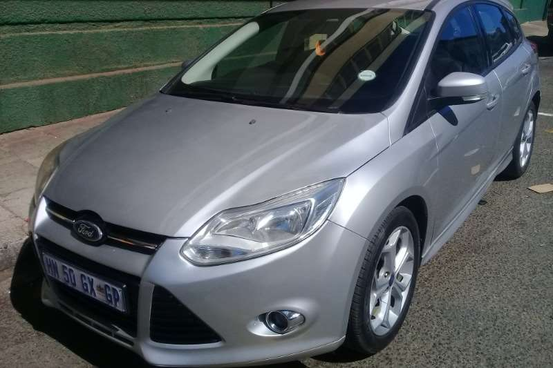 Ford Focus 1.6 Trend 5 door 2014