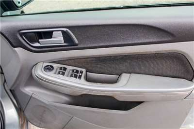 Ford Focus 1.8 5 door Si 2011