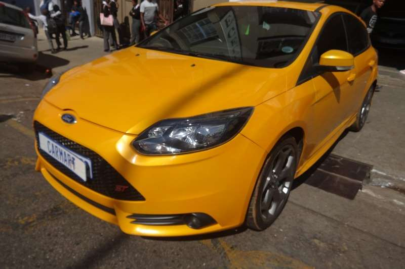 Ford Focus 2.0 4 door Si 2014