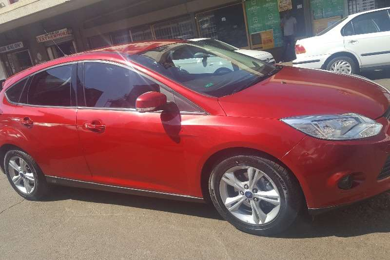 Used 2014 Ford Focus 2.0 4 door Si automatic