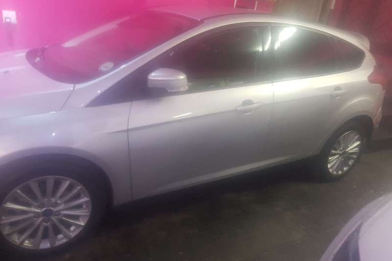 Ford Focus 2.0 4 door Si automatic 2016