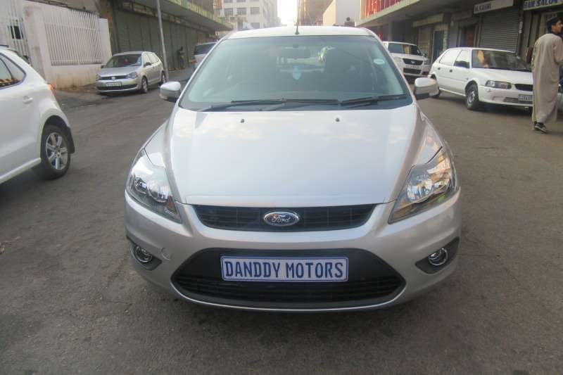 Ford Focus 2.0 4 door Trend 2010
