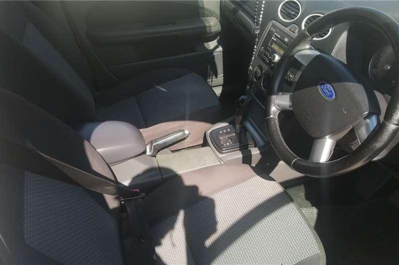 Ford Focus 2.0 4 door Trend automatic 2005