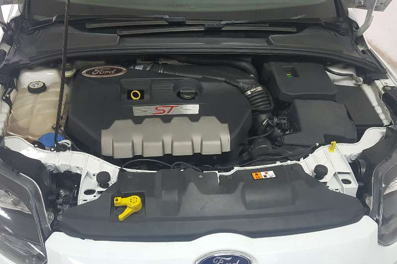 Ford Focus 2.0 Eco boost 2013