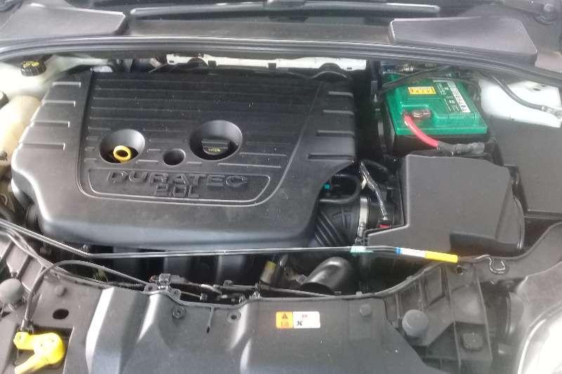 Ford Focus 2.0 sedan Trend 2013