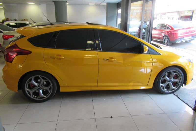 Ford Focus 2.0 sedan Trend 2014