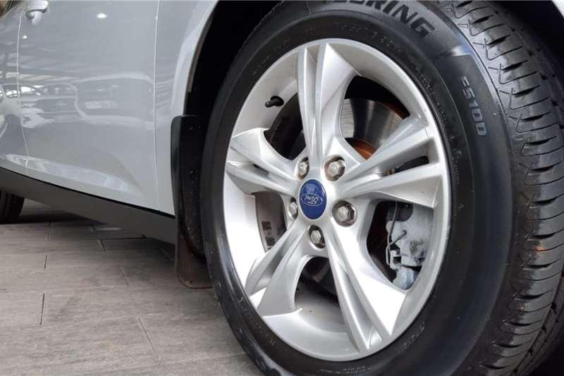 Ford Focus 2.0 sedan Trend automatic 2011