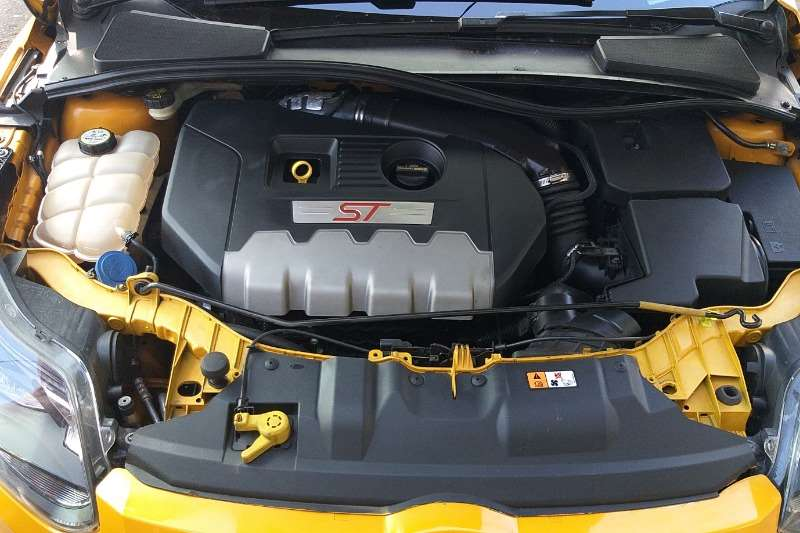 Ford Focus 2.0 ST 2014