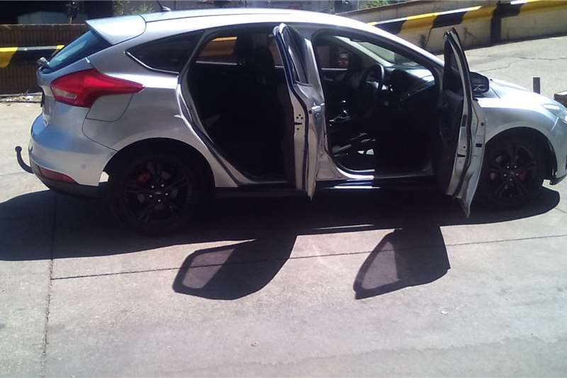 Used 2016 Ford Focus hatch 1.0T Ambiente