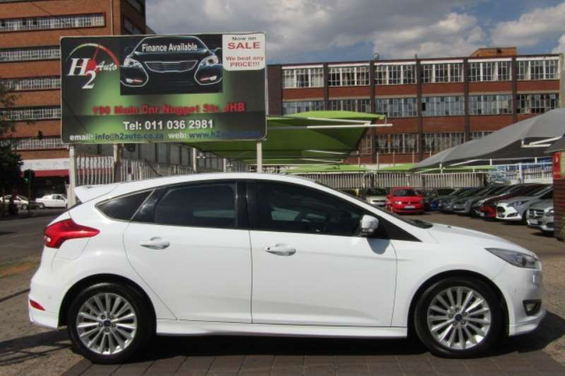 Ford Focus hatch 1.0T Ambiente 2017