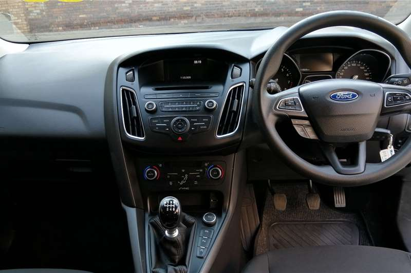 Ford Focus hatch 1.0T Trend 2016