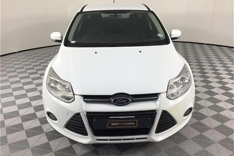 Ford Focus hatch 1.6 Ambiente 2013