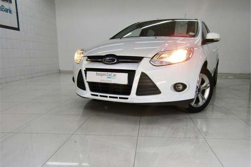 Ford Focus Hatch 1.6 Ambiente 2014