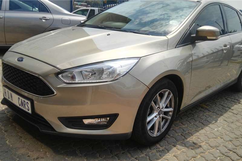 Ford Focus hatch 1.6 Ambiente 2016