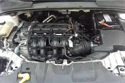 Ford Focus hatch 1.6 Trend 2013