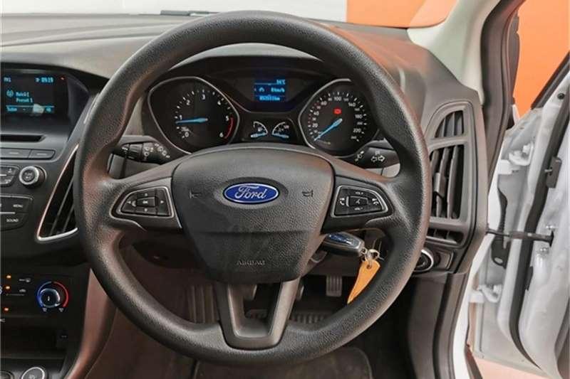 Ford Focus hatch 1.6TDCi Ambiente 2017