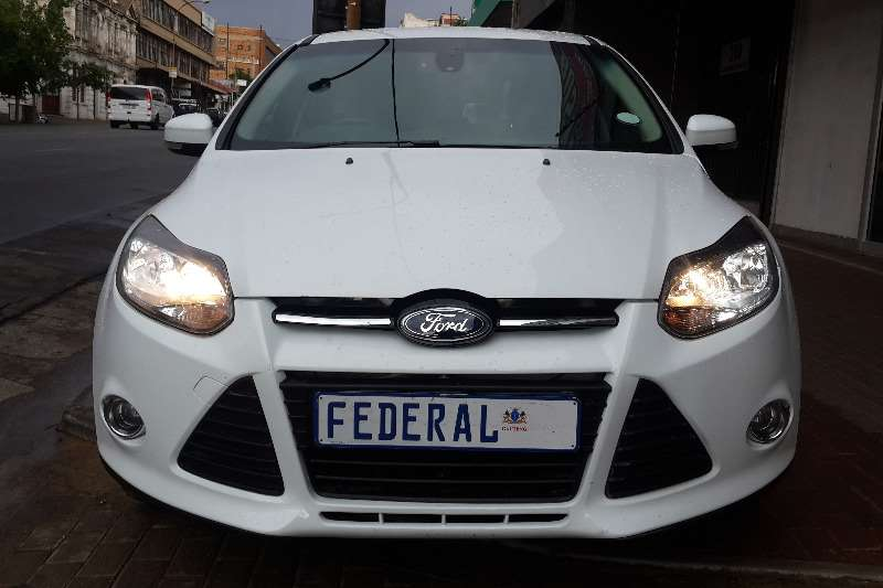 Ford Focus hatch 2.0 Sport 2012