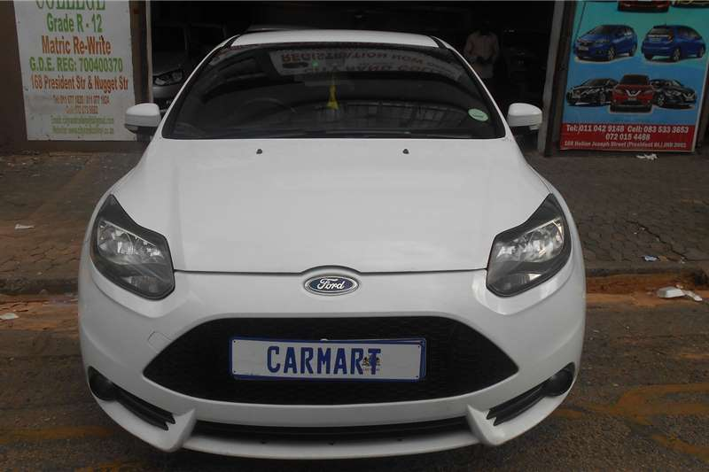 Ford Focus hatch 2.0 Sport 2015