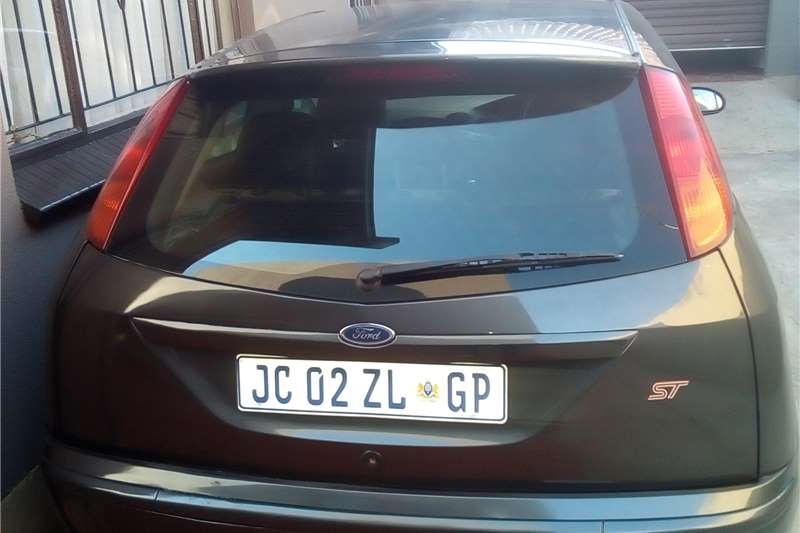 Ford Focus Hatch 3-door ST170 2004