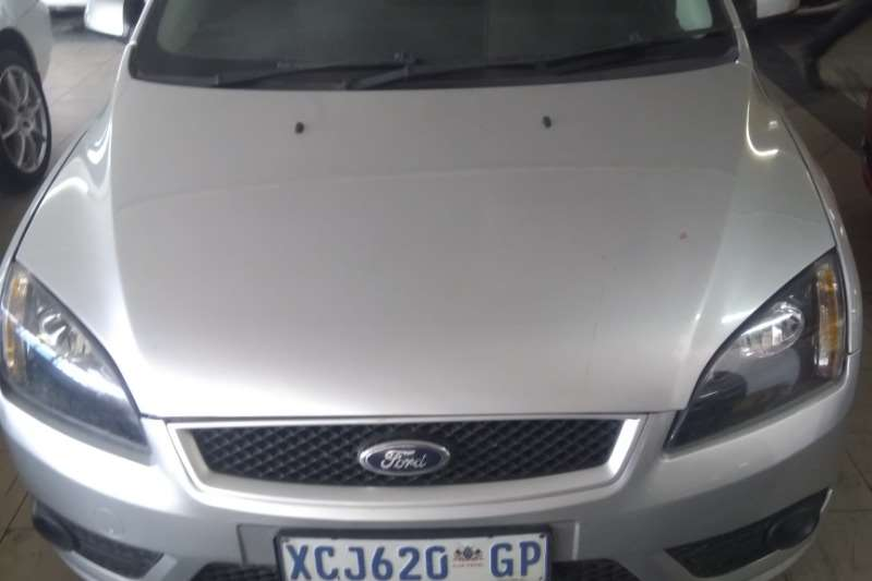 Ford Focus Hatch 5-door 2009