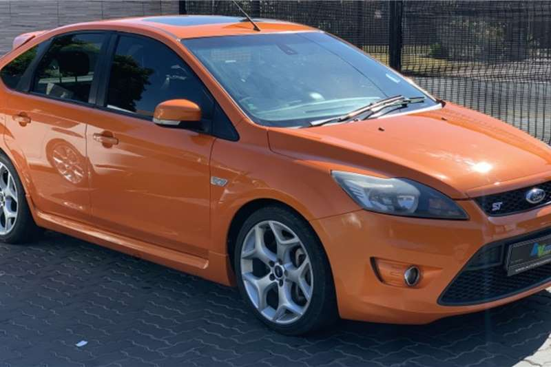 Ford Focus Hatch 5-door FOCUS 2.5 ST 5Dr 2010
