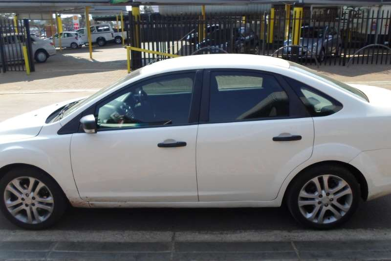 2010 Ford Focus 1.8 sedan Ambiente