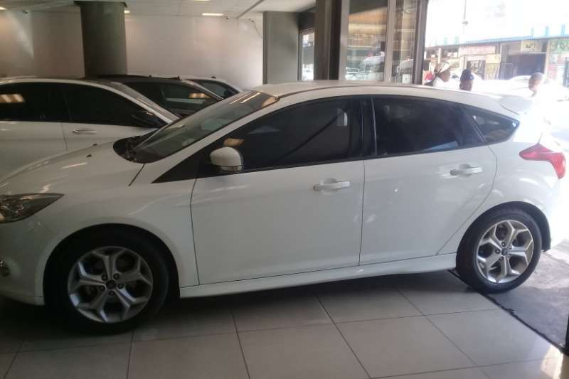 2013 Ford Focus hatch 1.6TDCi Ambiente